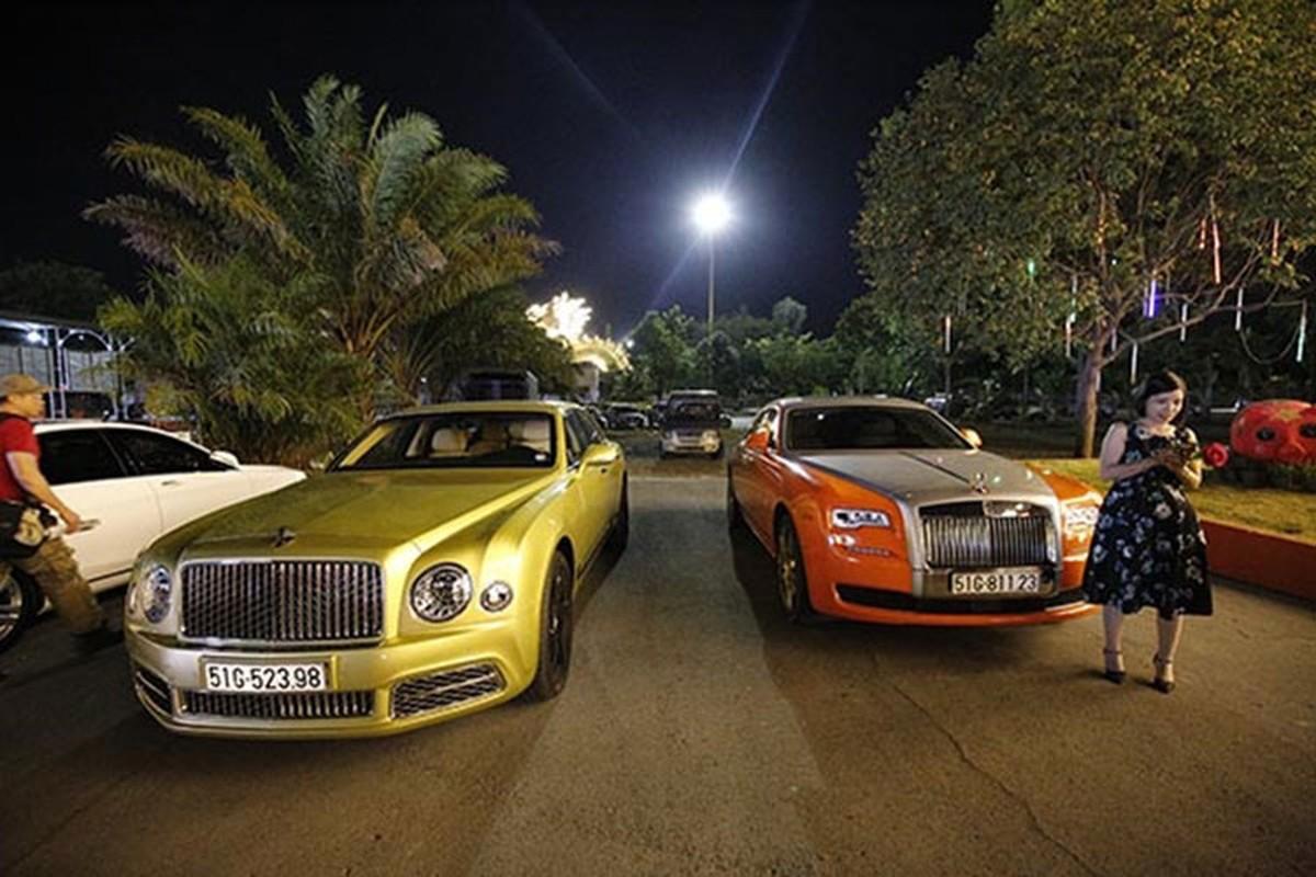Dan xe Rolls-Royce, Bentley tram ty cua ba Nguyen Phuong Hang-Hinh-12