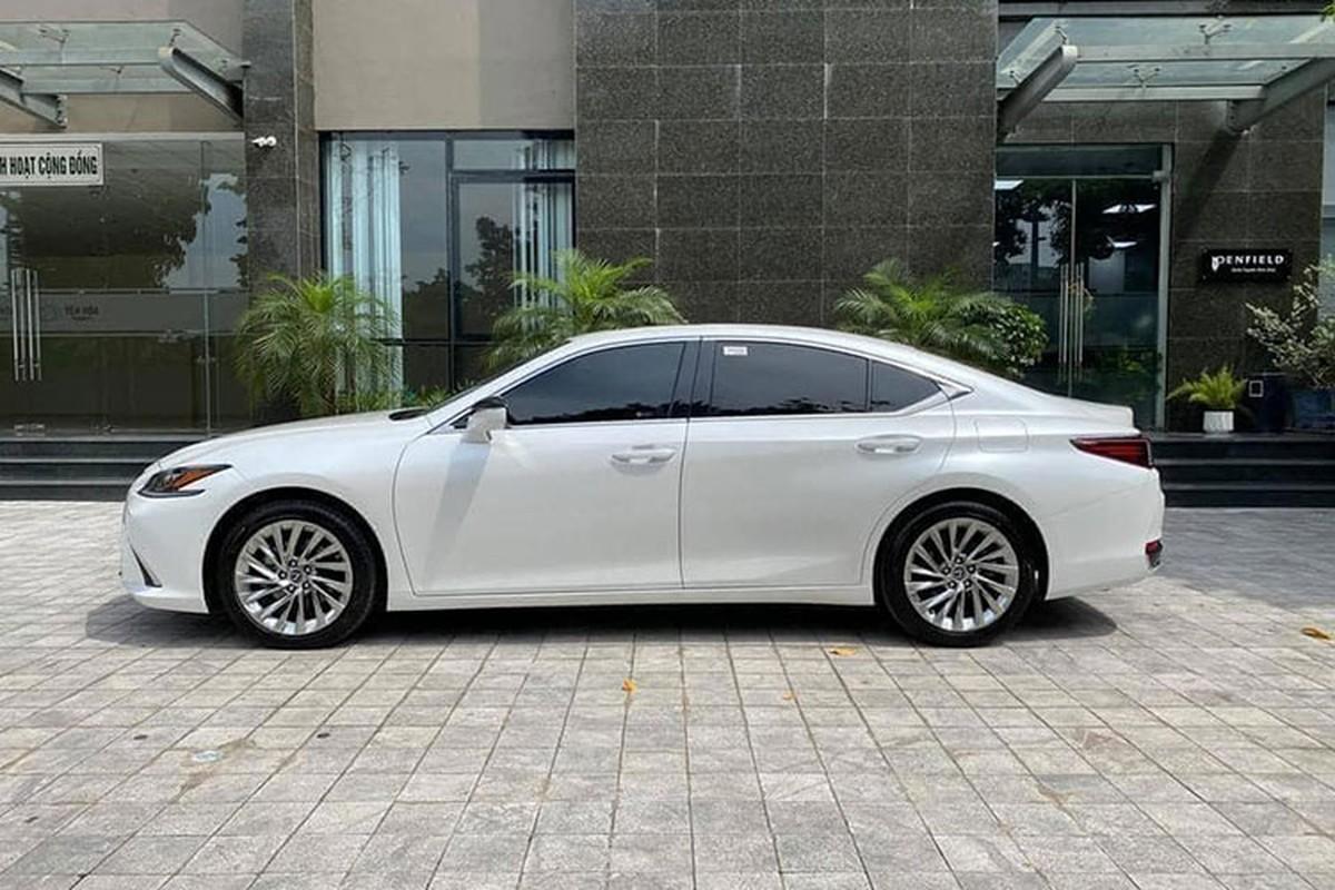 Lexus ES hang sang chay 1 nam, van hon 2,6 ty tai Bac Ninh-Hinh-2