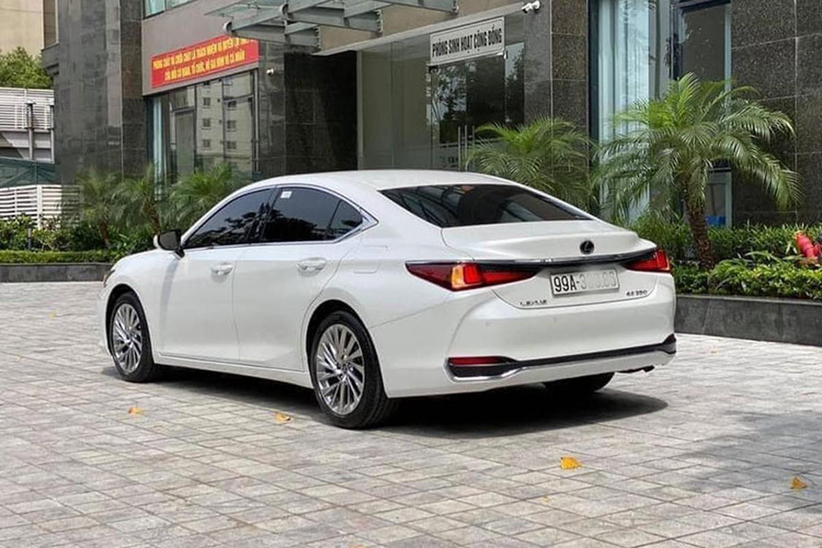Lexus ES hang sang chay 1 nam, van hon 2,6 ty tai Bac Ninh-Hinh-3