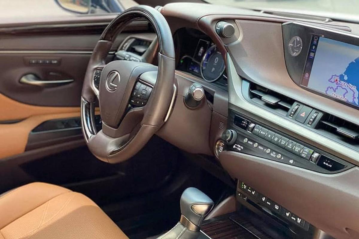 Lexus ES hang sang chay 1 nam, van hon 2,6 ty tai Bac Ninh-Hinh-6