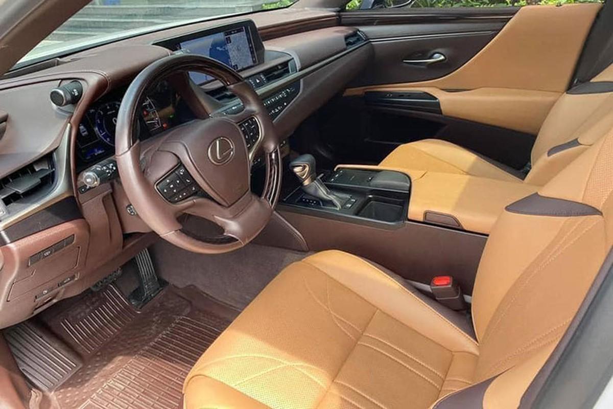 Lexus ES hang sang chay 1 nam, van hon 2,6 ty tai Bac Ninh-Hinh-8