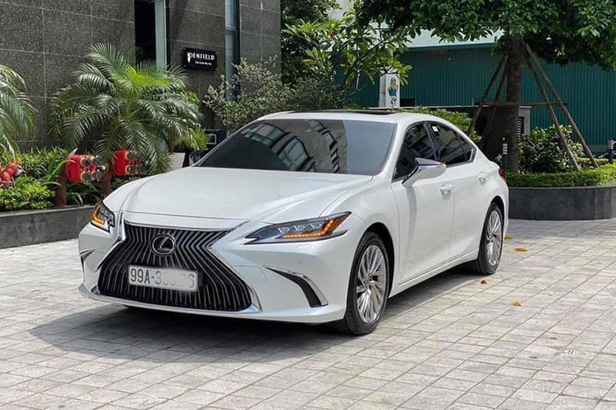 Lexus ES hang sang chay 1 nam, van hon 2,6 ty tai Bac Ninh