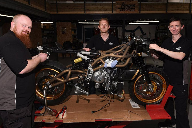 Langen Two Stroke - xe moto Cafe Racer 2 thi ma vang bac ty-Hinh-9