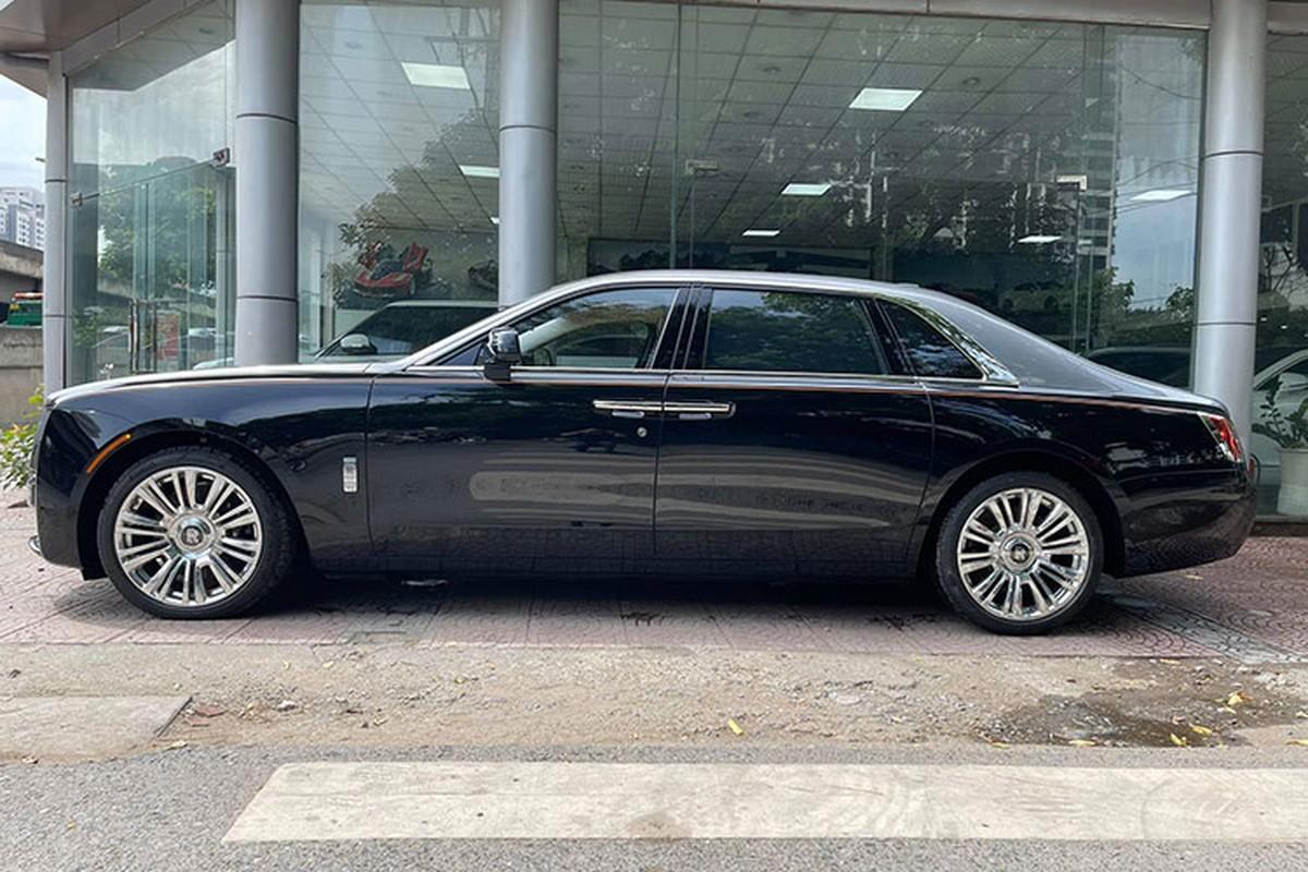 Can canh Rolls-Royce Ghost EWB 2021 hon 40 ty dau tien tai Ha Noi-Hinh-2