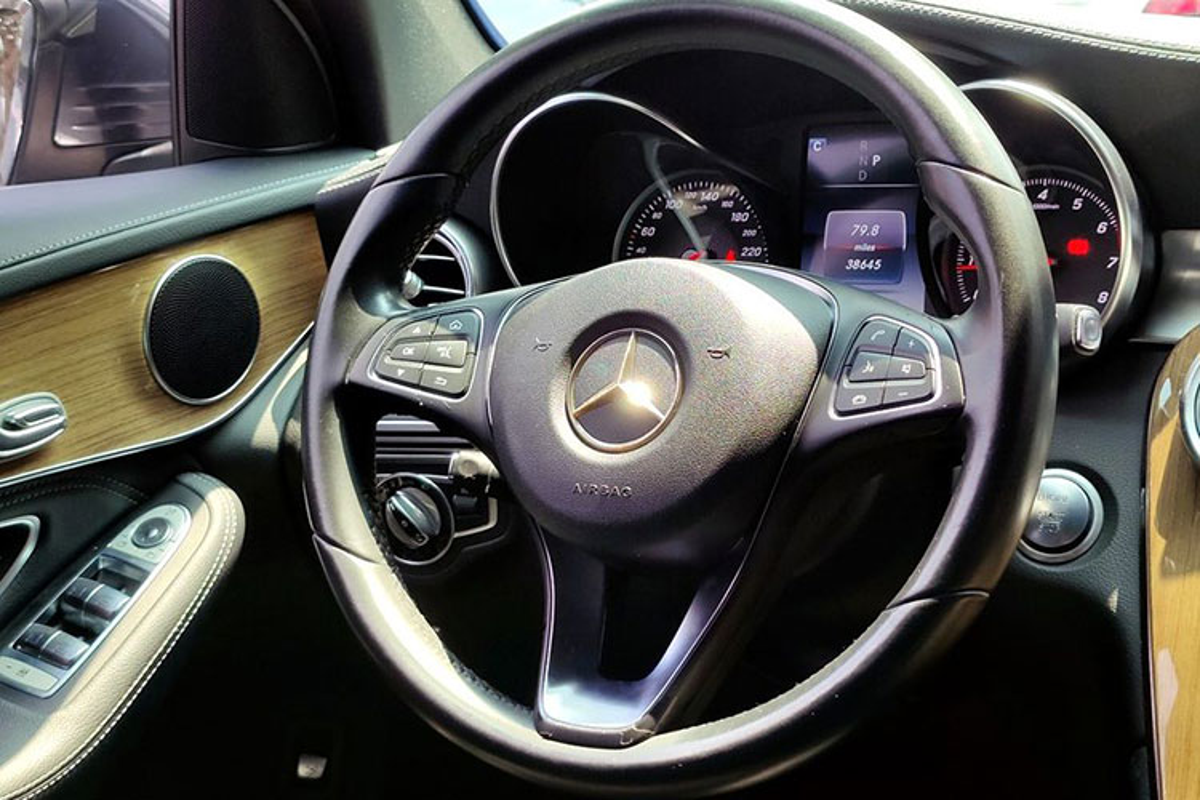 Chi tiet Mercedes-Benz GLC 250 chay 5 nam,