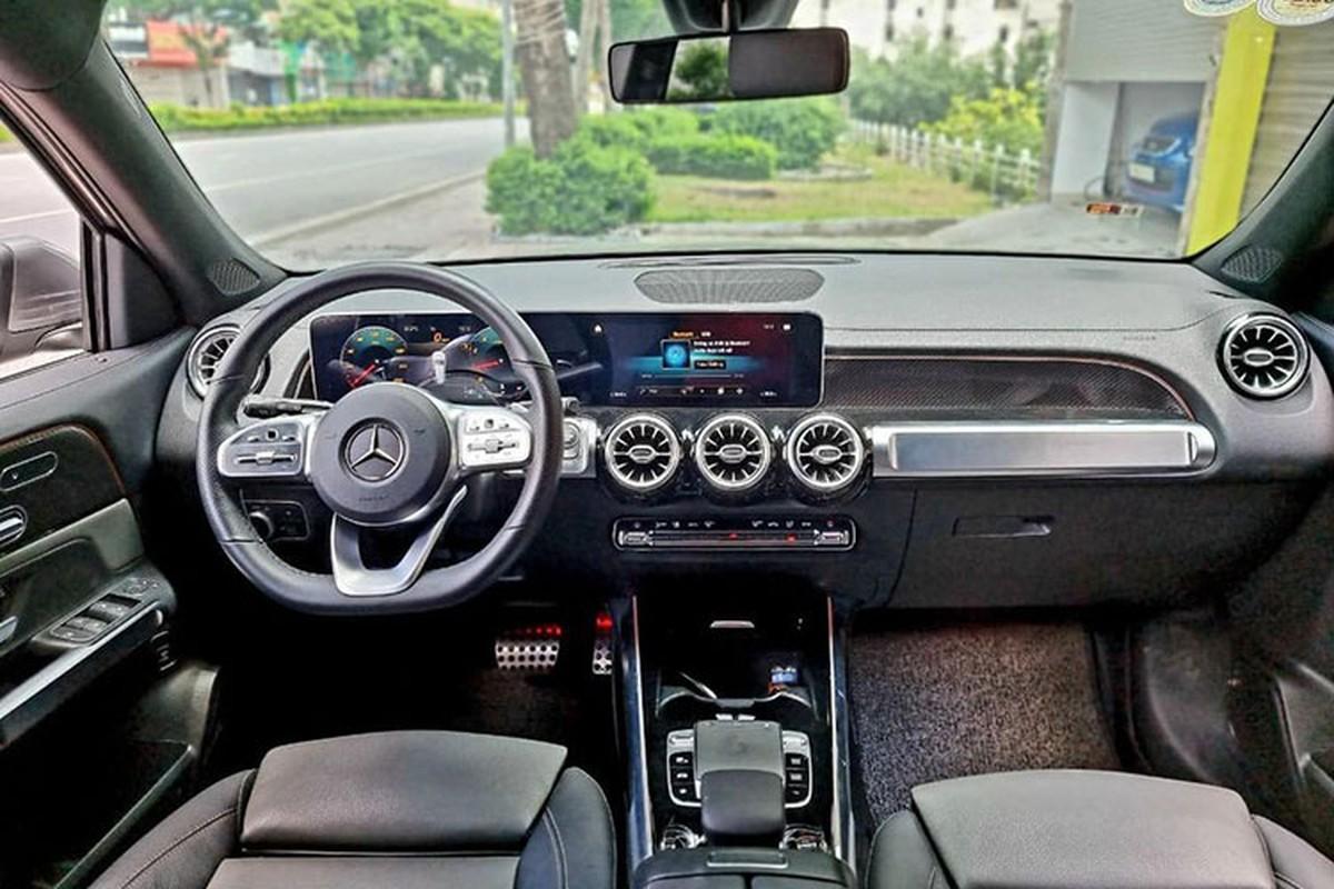 Co nen mua Mercedes-Benz GLB 200