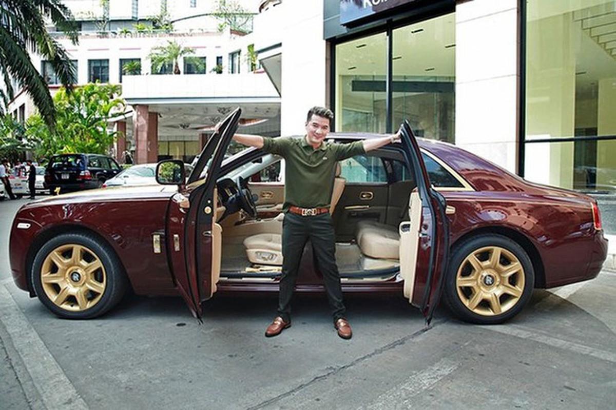 Dam Vinh Hung co Rolls-Royce chuc ty nhu ba Nguyen Phuong Hang?-Hinh-2