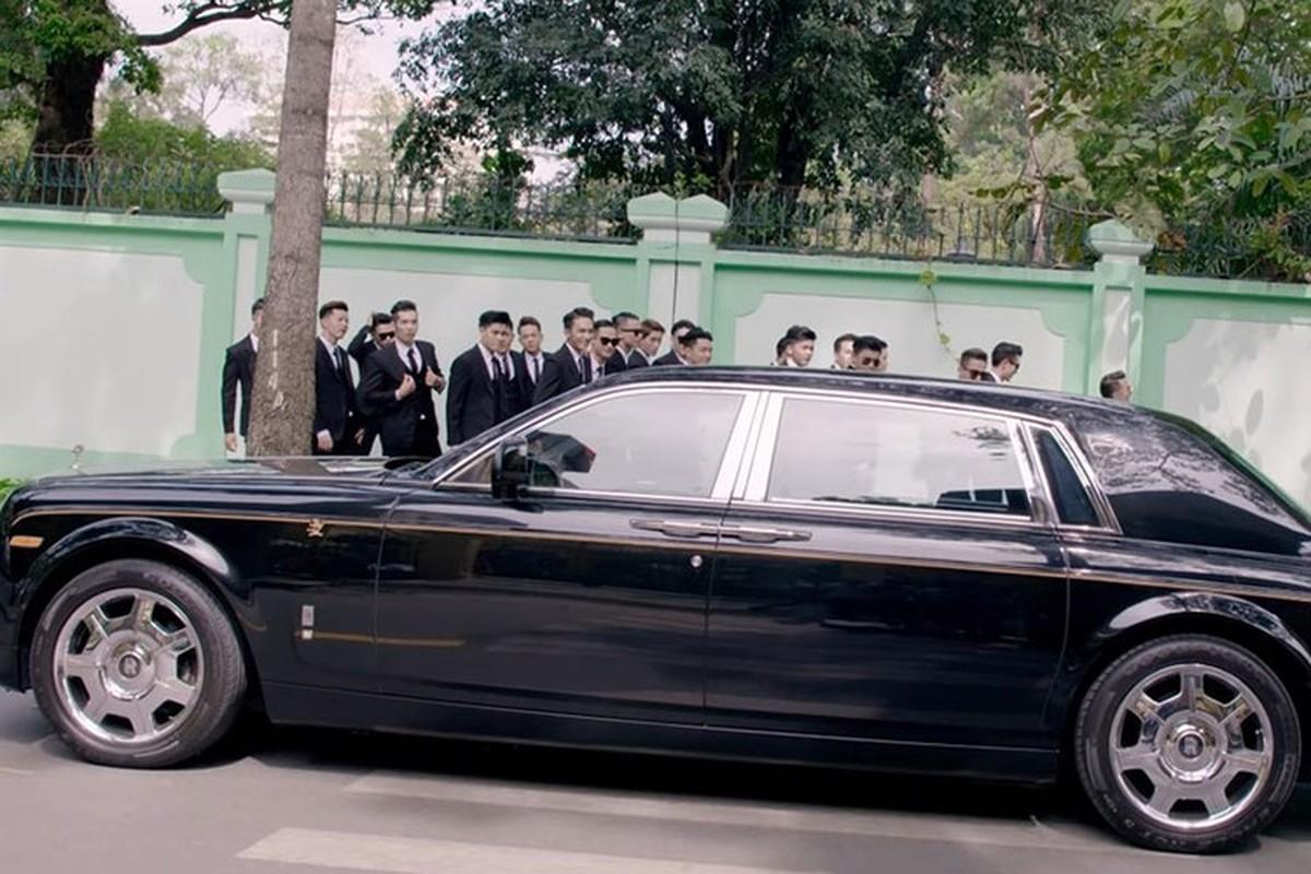 Dam Vinh Hung co Rolls-Royce chuc ty nhu ba Nguyen Phuong Hang?-Hinh-6