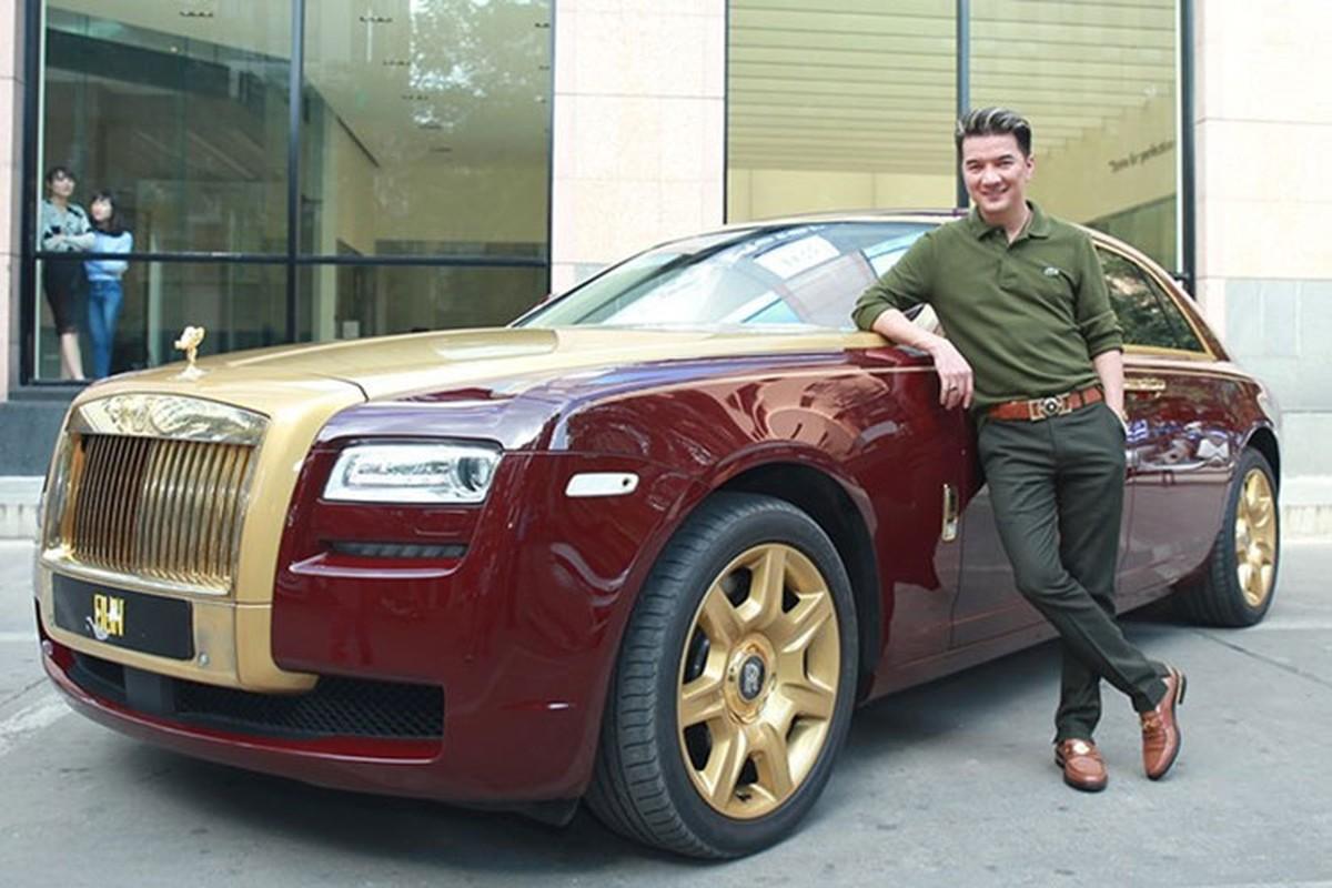 Dam Vinh Hung co Rolls-Royce chuc ty nhu ba Nguyen Phuong Hang?