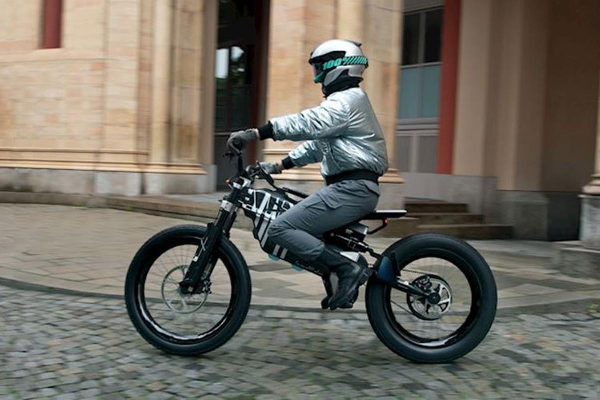 BMW i Vision Amby - xe dap dien mo khoa bang guong mat-Hinh-10