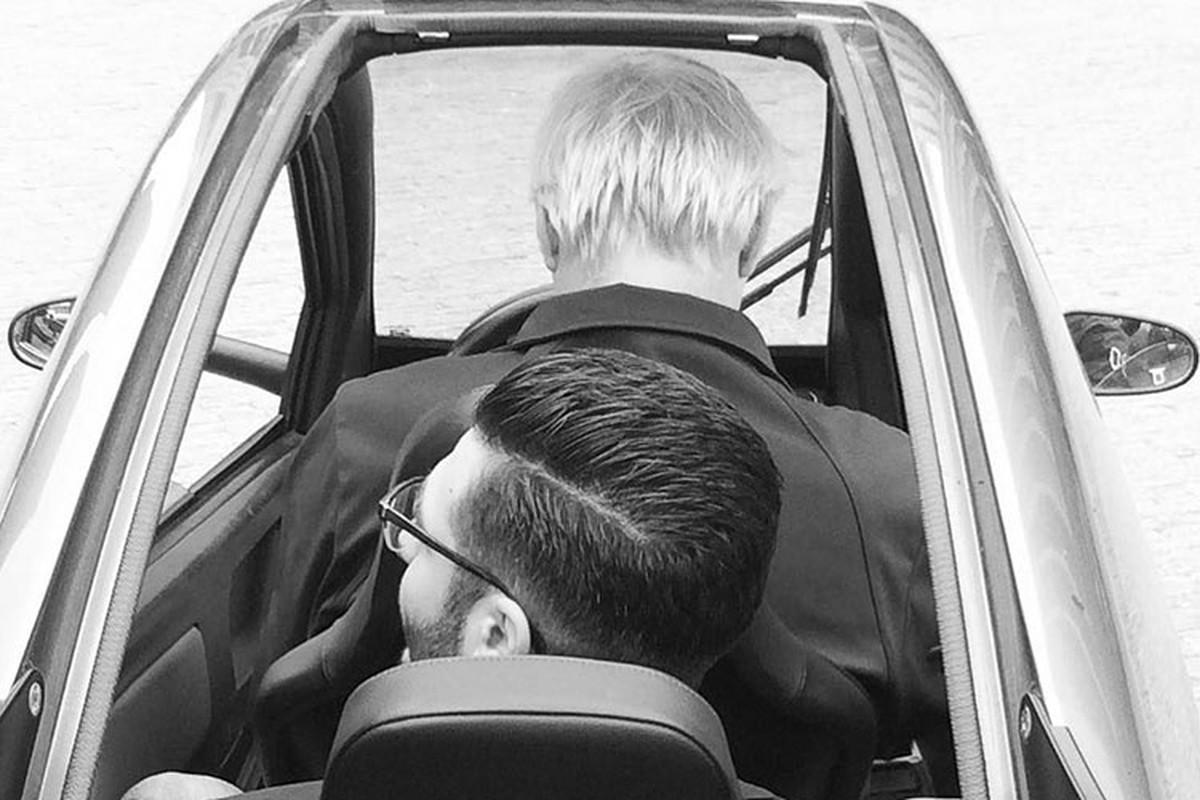Carver EV - chiec xe dien 3 banh