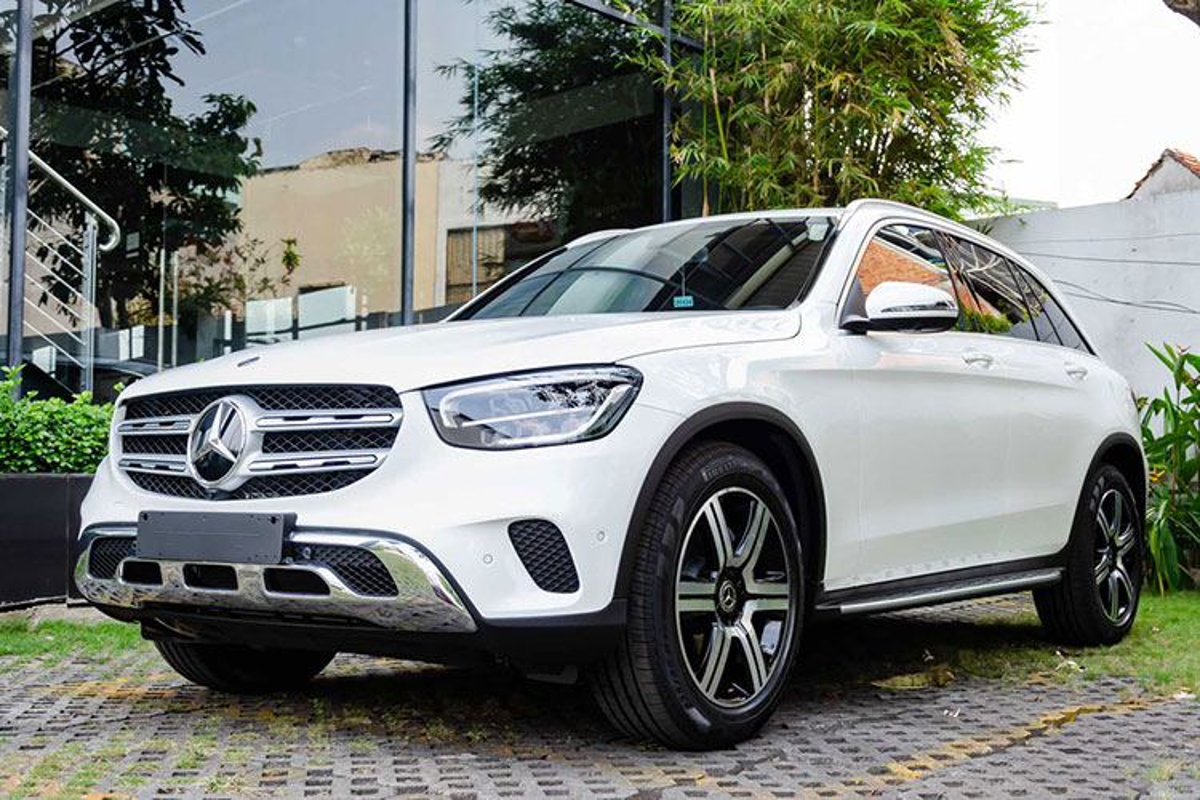 Tien ve Phan Van Duc tau Mercedes-Benz GLC hon 2 ty dong-Hinh-9