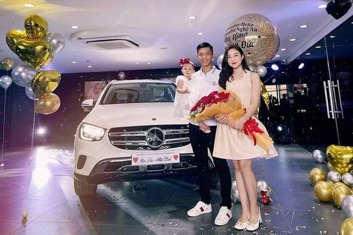 Tien ve Phan Van Duc tau Mercedes-Benz GLC hon 2 ty dong