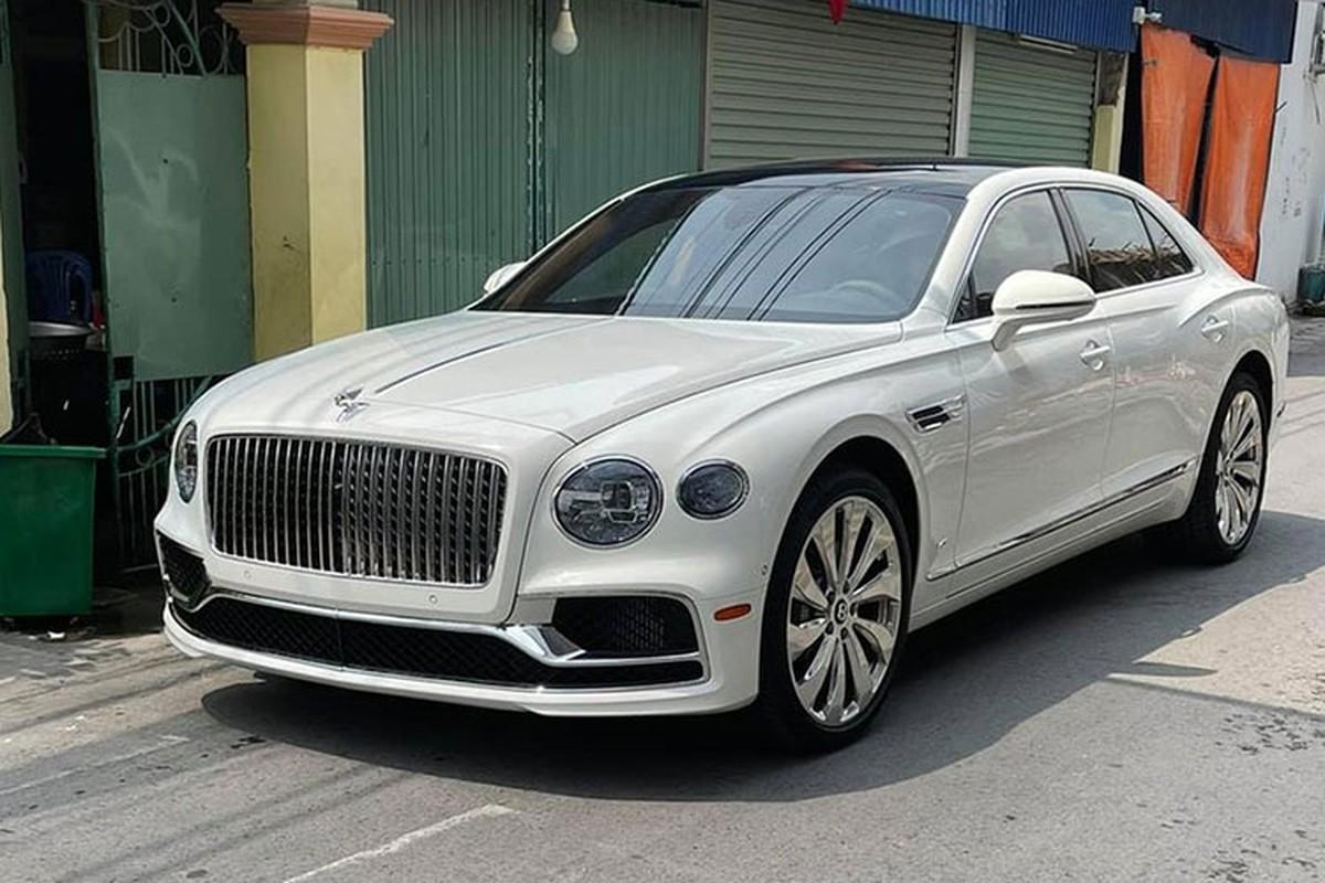 Dai gia Hai Phong tau Bentley Flying Spur First Edition hon 18 ty
