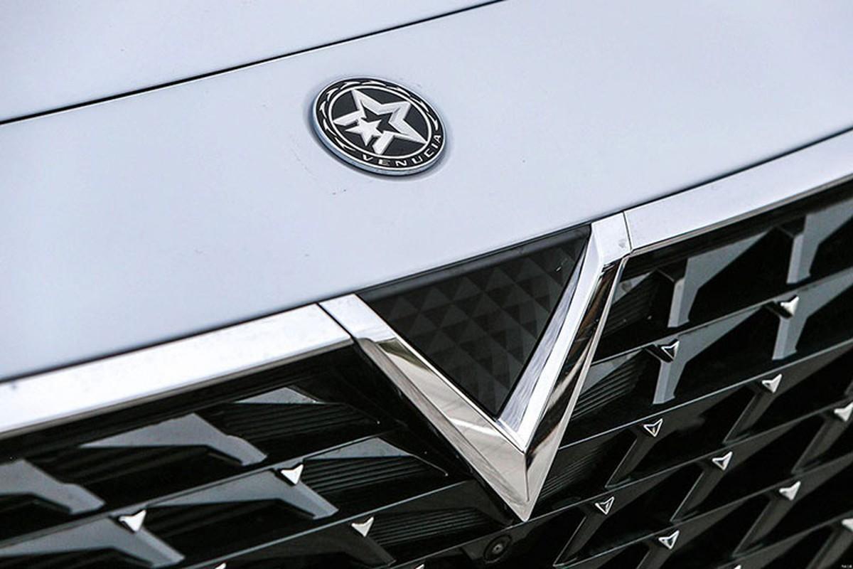 Venucia SUV cua Trung Quoc chi 349 trieu dong, logo nhu VinFast-Hinh-3