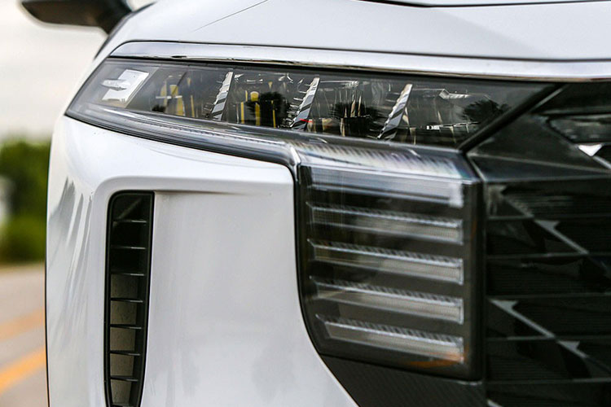 Venucia SUV cua Trung Quoc chi 349 trieu dong, logo nhu VinFast-Hinh-4