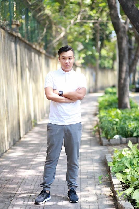 Than the nguoi dan ong dung sau giup Toc Tien toa sang-Hinh-8