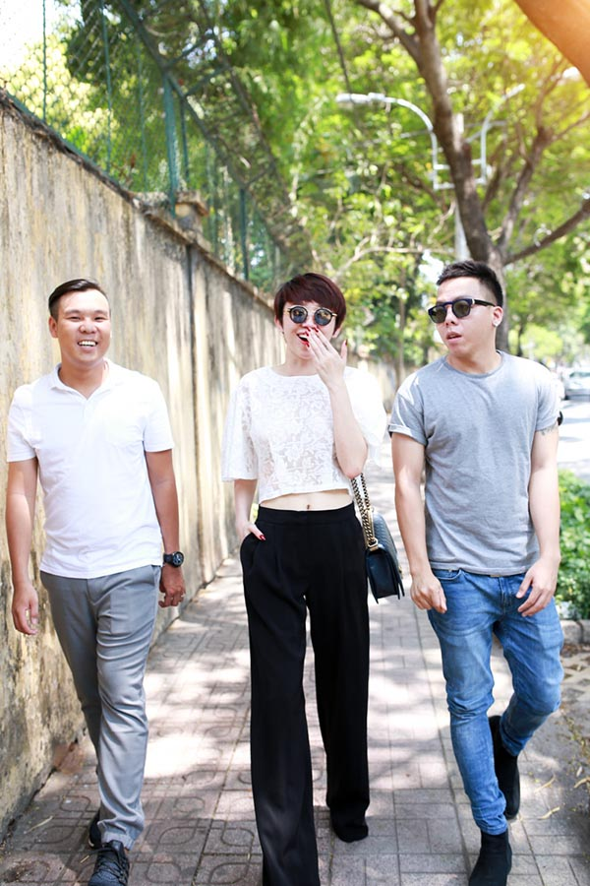 Than the nguoi dan ong dung sau giup Toc Tien toa sang-Hinh-9