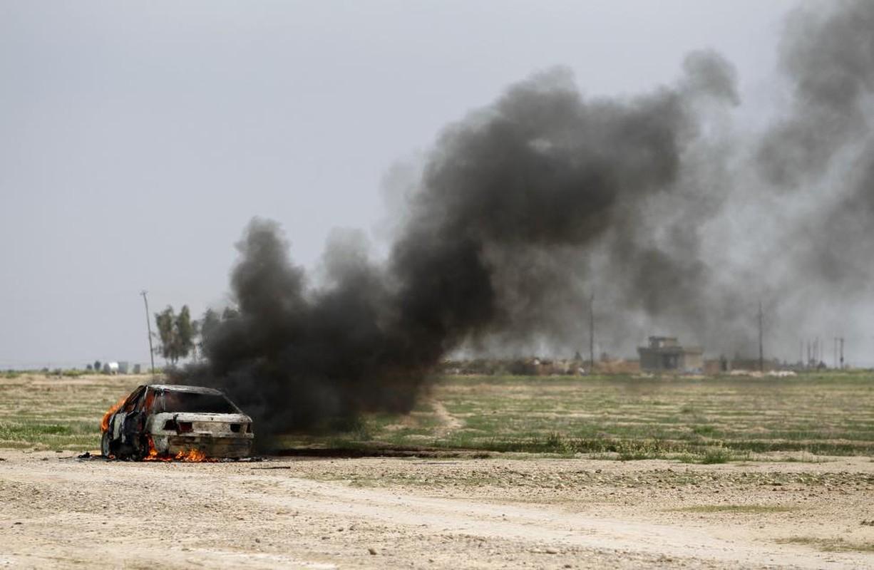IS bi don danh tren nhieu mat tran o Iraq-Hinh-11