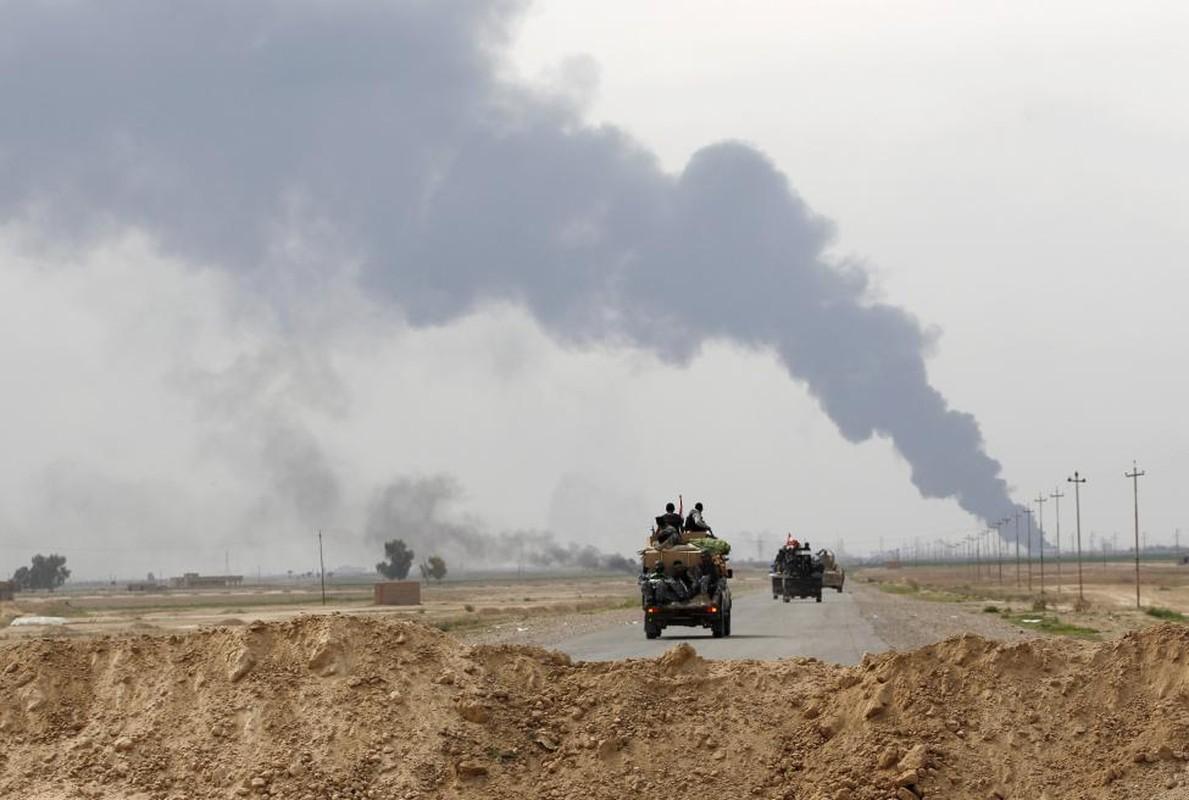 IS bi don danh tren nhieu mat tran o Iraq-Hinh-14