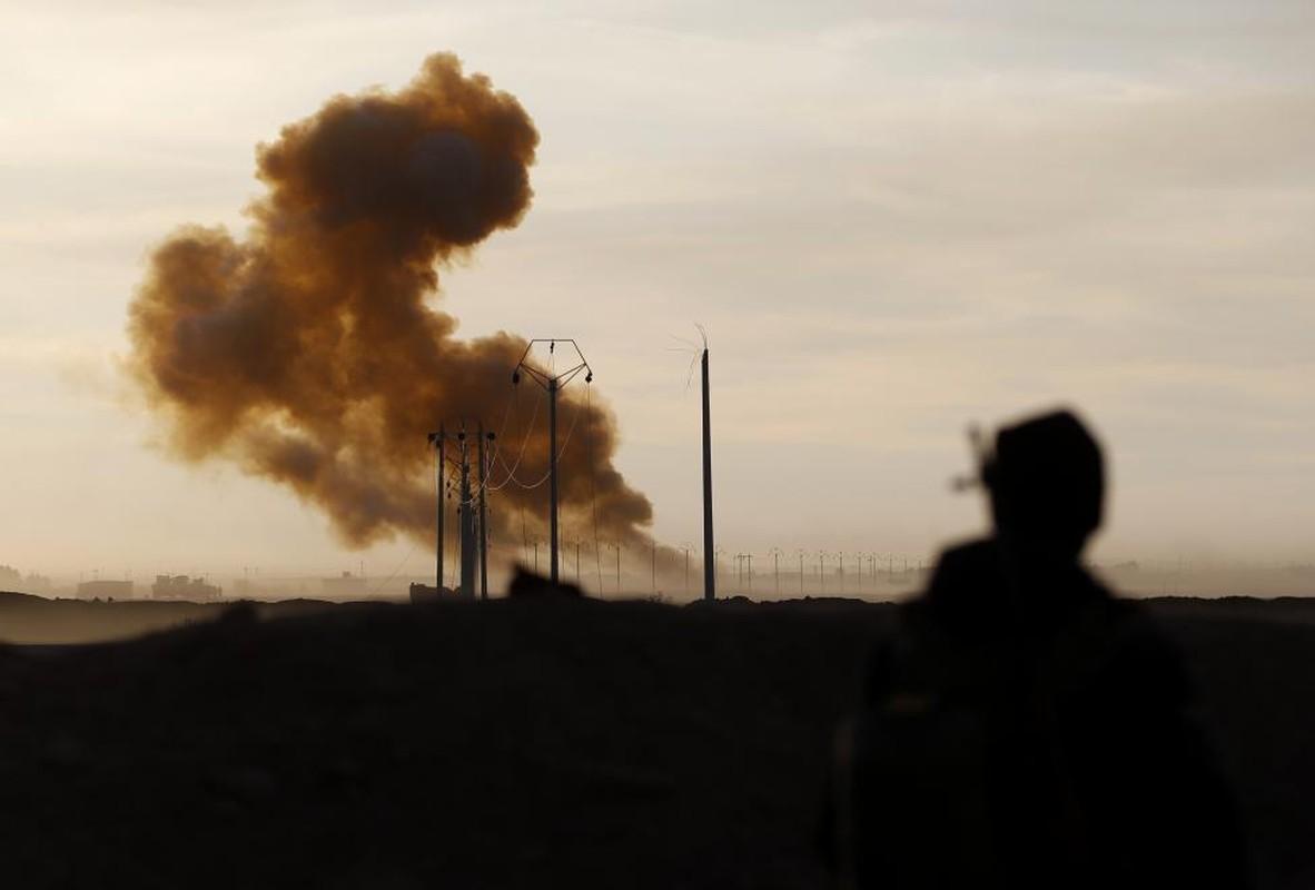 IS bi don danh tren nhieu mat tran o Iraq-Hinh-4