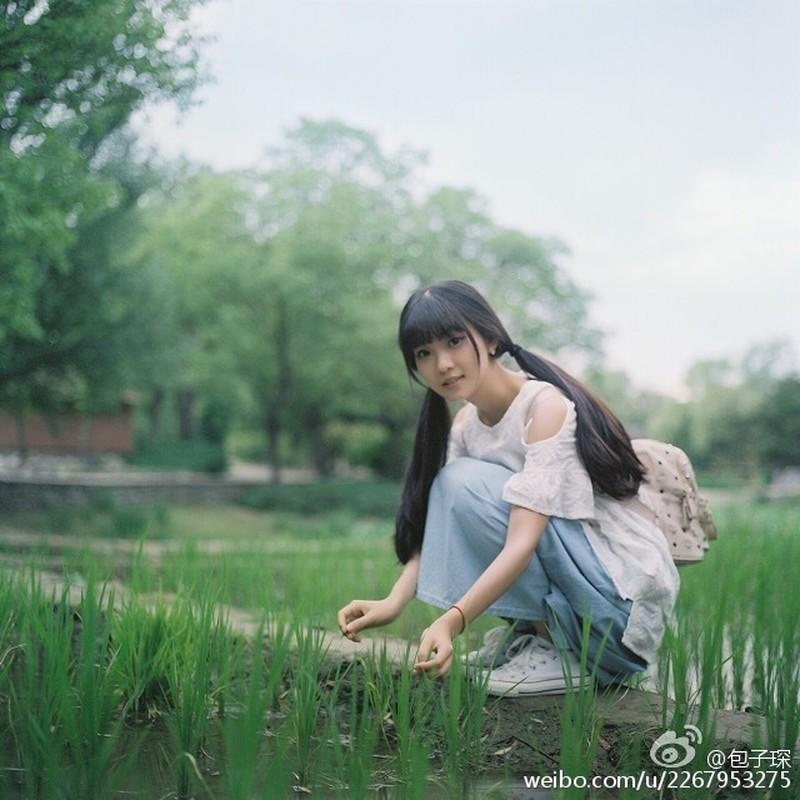 """Nu sinh truong y xinh dep me phong cach """"banh beo""""-Hinh-5"""