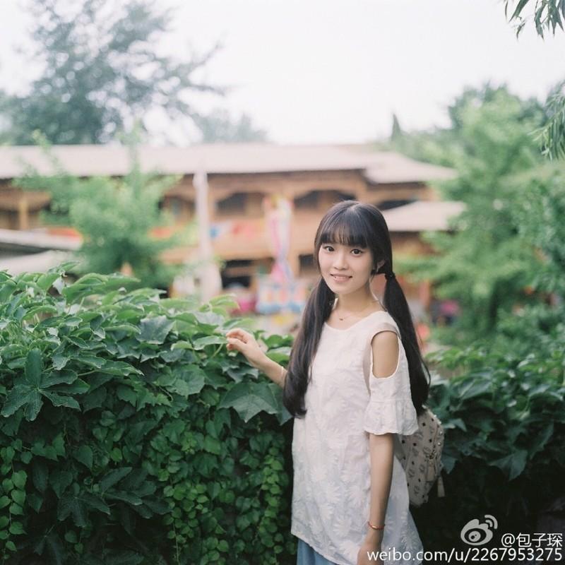 """Nu sinh truong y xinh dep me phong cach """"banh beo""""-Hinh-6"""