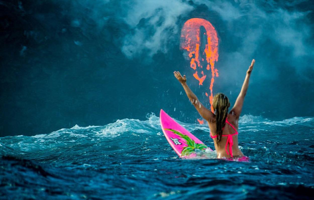 Nguoi dep bikini mao hiem luot song canh nui lua phun trao-Hinh-12