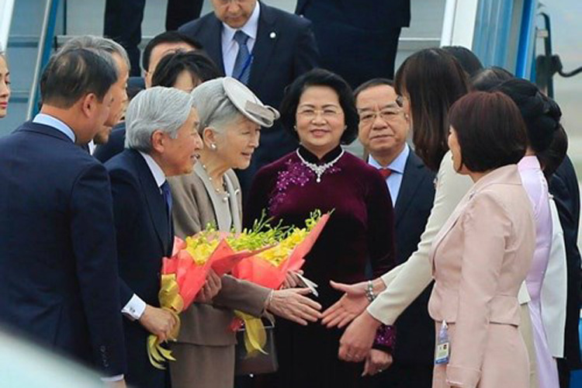 Anh: Nha vua va Hoang hau Nhat Ban than thien o Viet Nam-Hinh-12