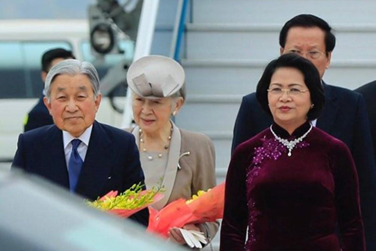 Anh: Nha vua va Hoang hau Nhat Ban than thien o Viet Nam-Hinh-14