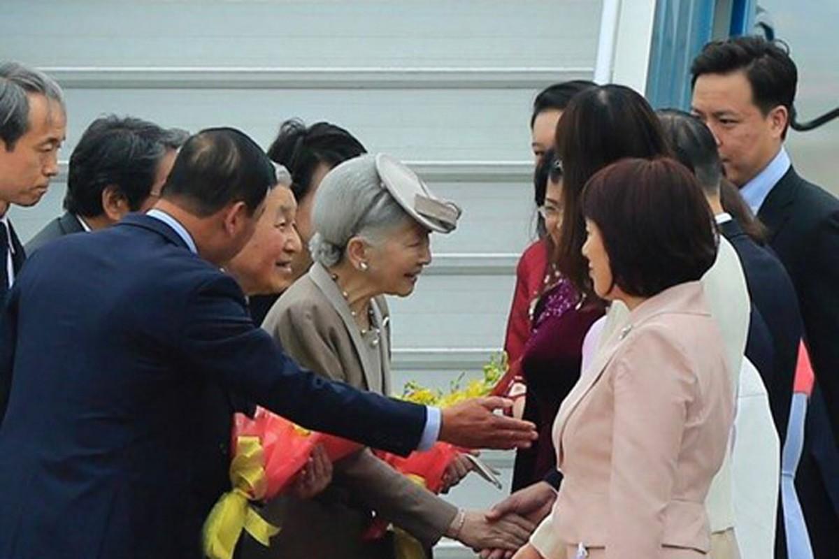 Anh: Nha vua va Hoang hau Nhat Ban than thien o Viet Nam-Hinh-3