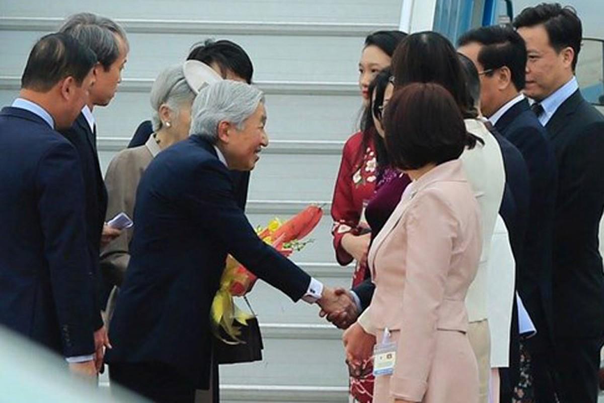 Anh: Nha vua va Hoang hau Nhat Ban than thien o Viet Nam-Hinh-5