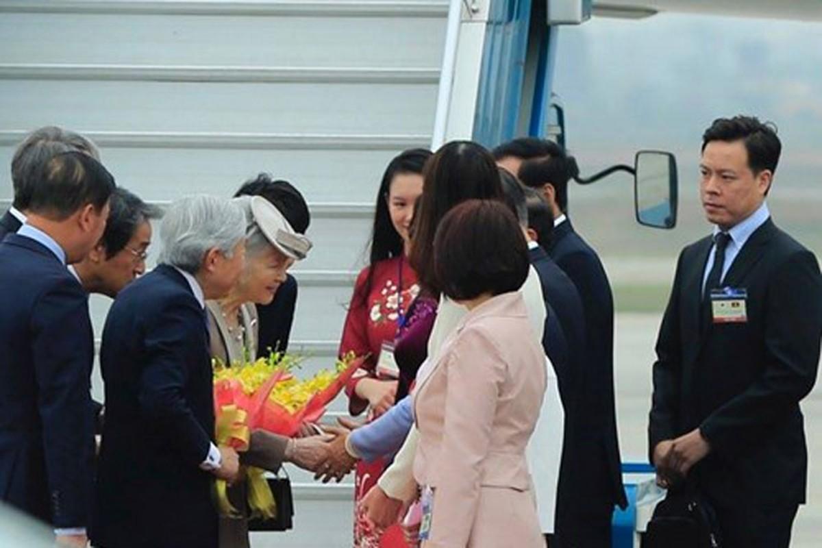 Anh: Nha vua va Hoang hau Nhat Ban than thien o Viet Nam-Hinh-6
