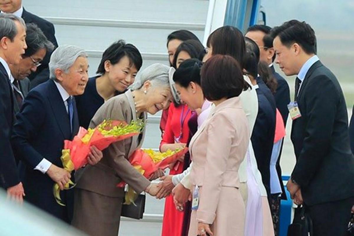 Anh: Nha vua va Hoang hau Nhat Ban than thien o Viet Nam-Hinh-8