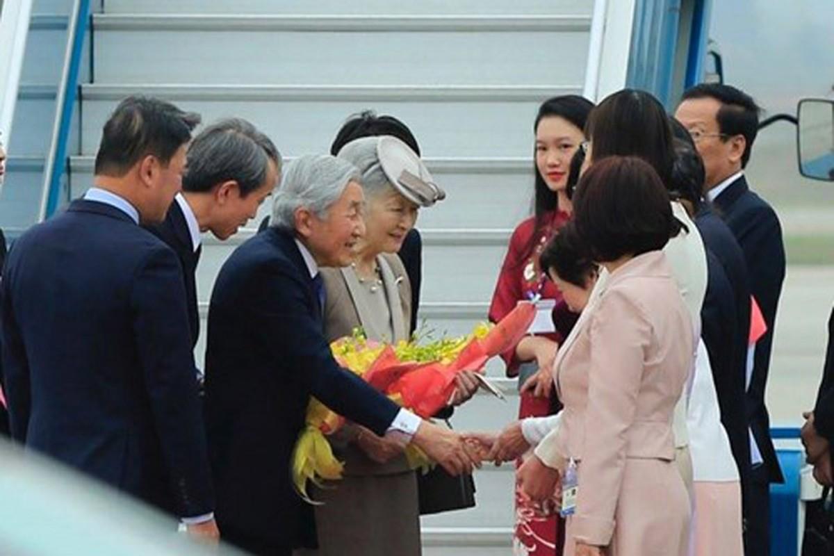 Anh: Nha vua va Hoang hau Nhat Ban than thien o Viet Nam-Hinh-9