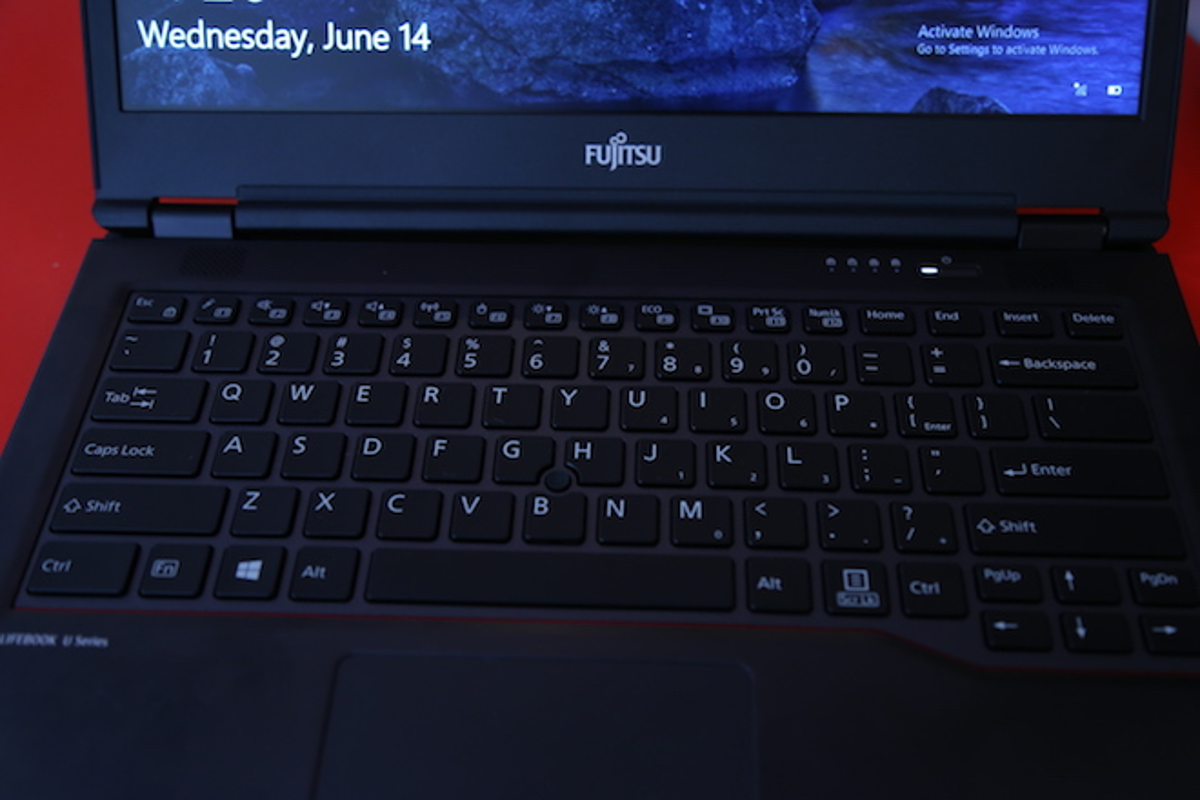 Laptop bao mat bang tinh mach long ban tay, gia 33 trieu dong-Hinh-5