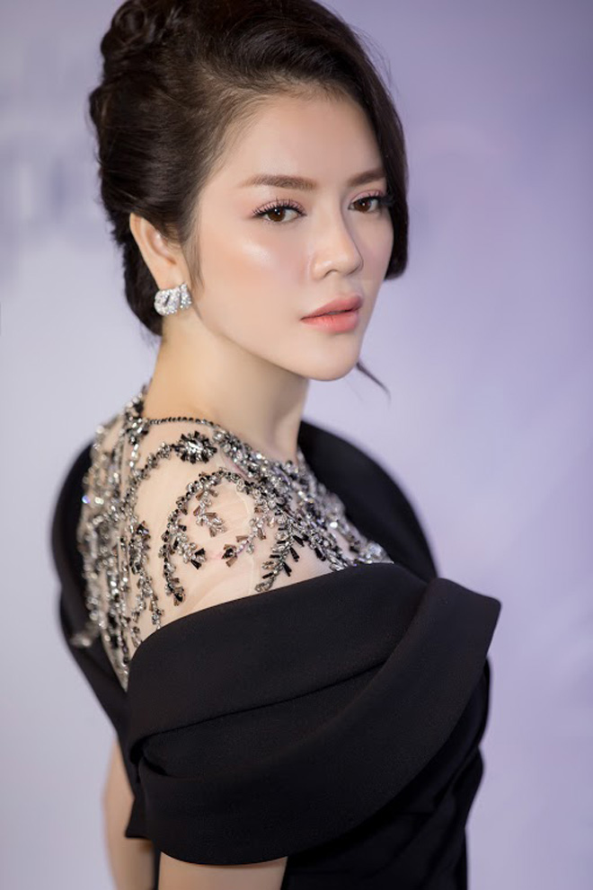 """Choang vang nhung bua tiec """"dot tien"""" cua Ly Nha Ky-Hinh-4"""