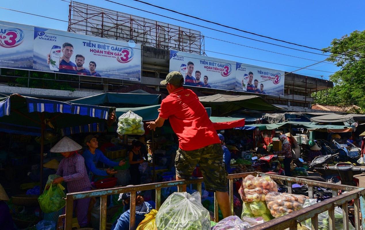 Nhung khu cho co tram tuoi noi tieng o Viet Nam-Hinh-9