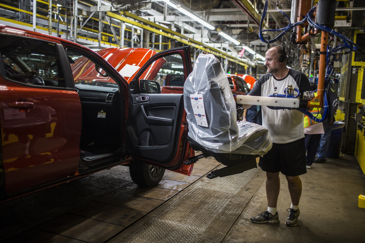 Chi tiet Ford Ranger 2019 chuan bi