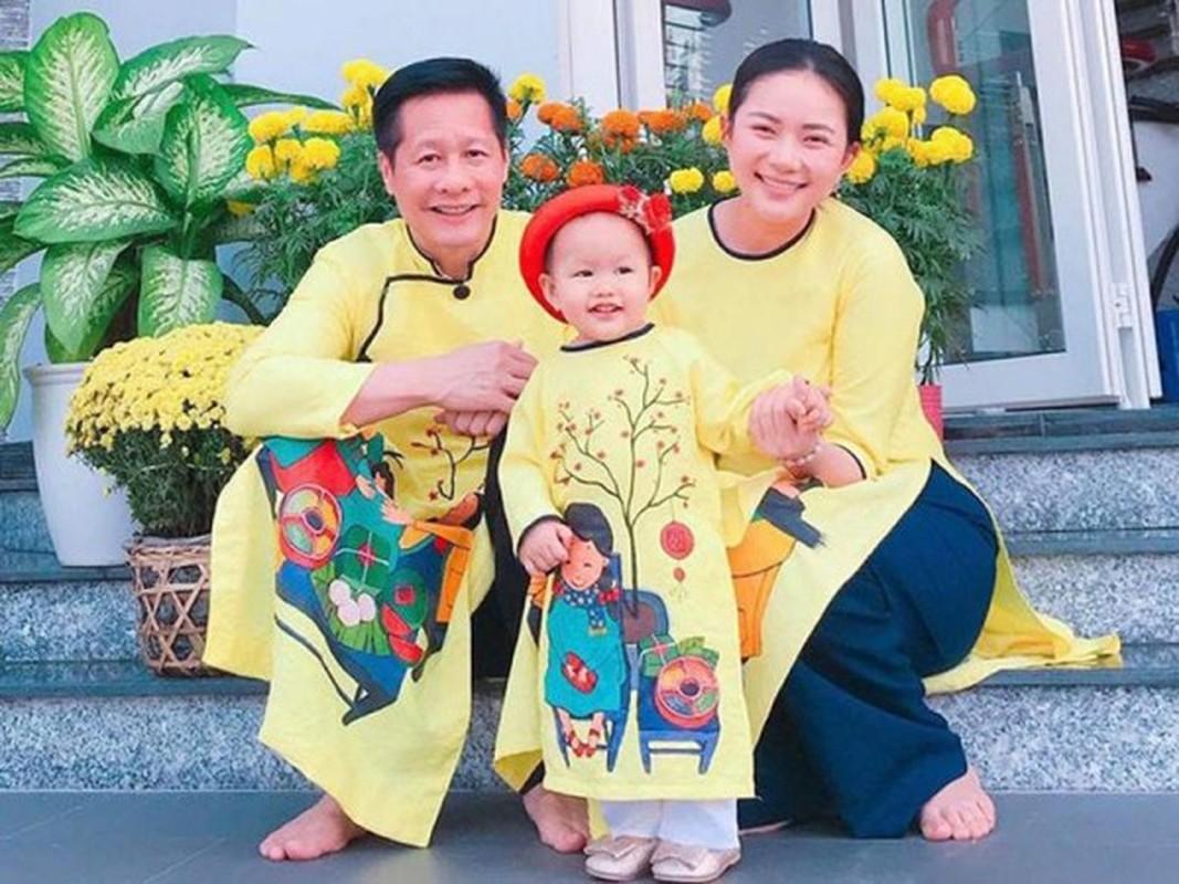 Pha tuong vi mang bau tang 30kg, cho mai Phan Nhu Thao da 'lot xac'-Hinh-12
