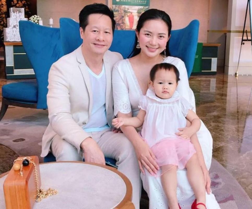 Pha tuong vi mang bau tang 30kg, cho mai Phan Nhu Thao da 'lot xac'-Hinh-15