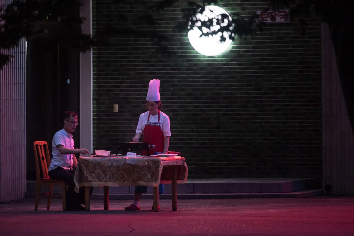 Bat ngo con nha giau Trieu Tien cung sang chanh chang kem phuong Tay-Hinh-4