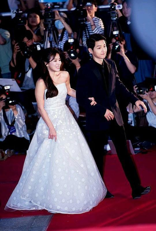 Choang ngat voi khoi tai san cuc khung cua Song Joong Ki va Song Hye Kyo truoc ly hon