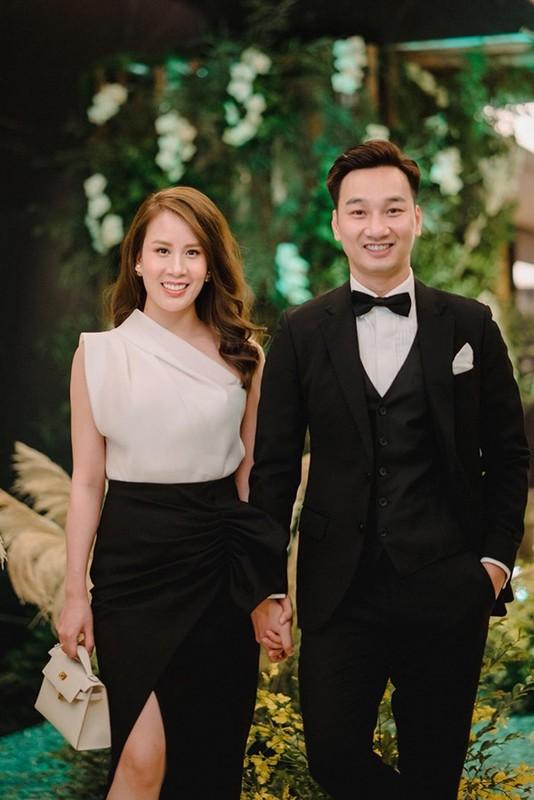 Ben trong can ho cua MC Thanh Trung va vo moi sinh doi-Hinh-2