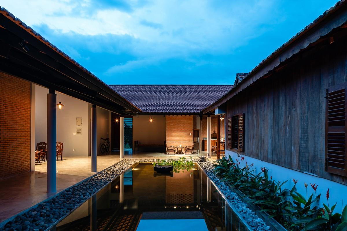 Ngam nha 3 gian hang nghin m2 ngo nhu resort cao cap o Tay Ninh tren bao ngoai-Hinh-2