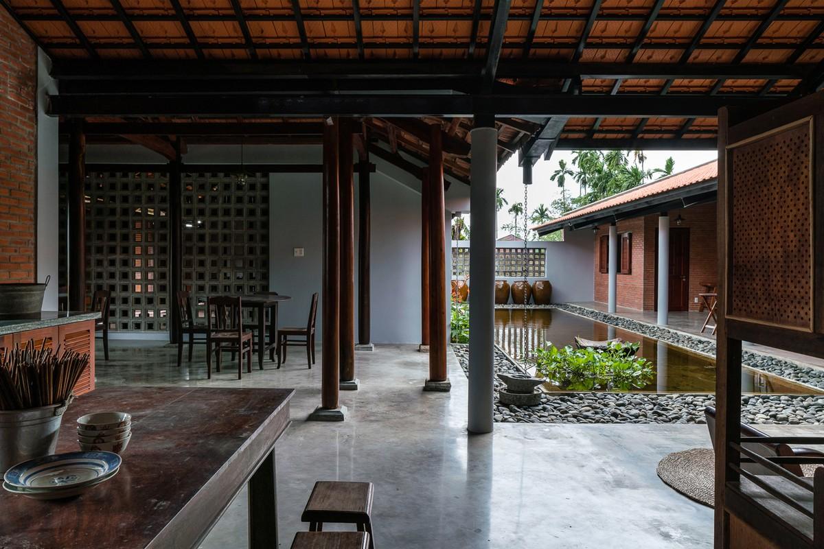 Ngam nha 3 gian hang nghin m2 ngo nhu resort cao cap o Tay Ninh tren bao ngoai-Hinh-4