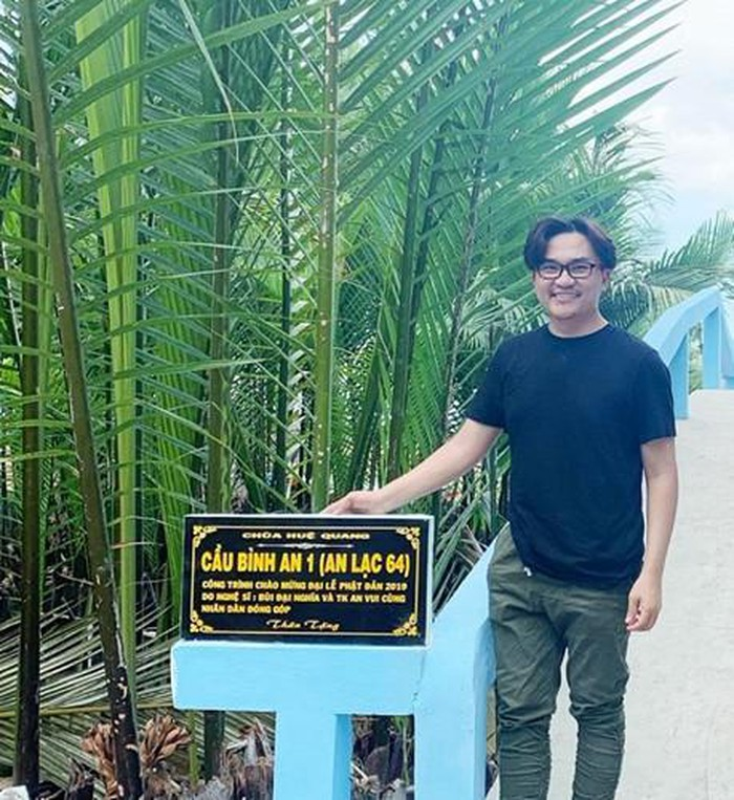Bi don song chung voi dan em kem 17 tuoi, MC Dai Nghia giau co nao?-Hinh-3