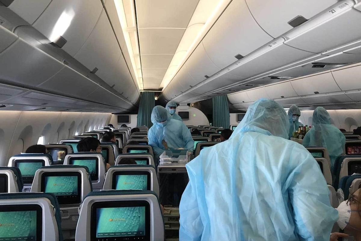 Vietnam Airlines, Bamboo Airways thuc hien bao nhieu chuyen bay dua cong dan ve nuoc?-Hinh-4