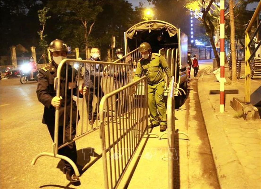 Dich COVID-19: Can canh tram di dong lay mau xet nghiem