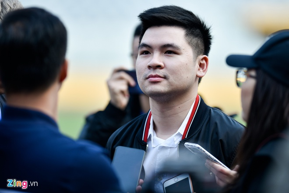 "Thieu gia nha bau Hien, Hoa Phat.. ""gay sot"" thi truong chung khoan Viet"